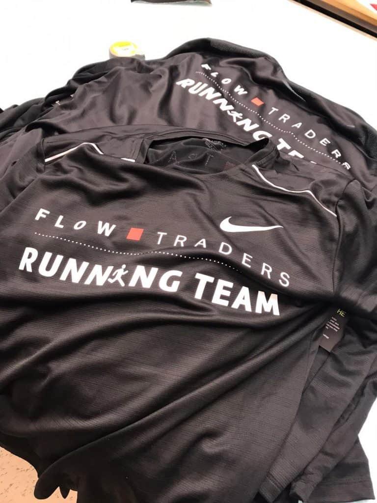 Sportkleding met bedrukking voor Flow Traders - Textieldruk