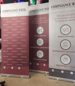 Roll-up banners voor Compliance Week