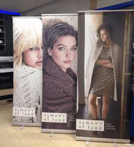 Roll-up banners voor No man's land - Roll-up banners
